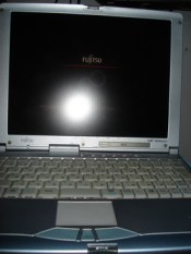 deni-triwardana-laptop1.jpg
